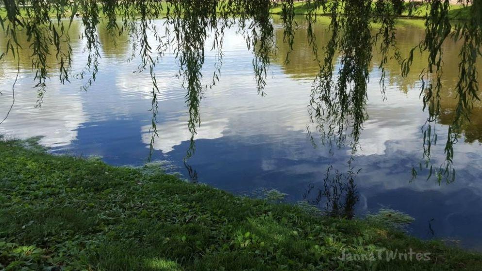 09-08 Lake Reflection2